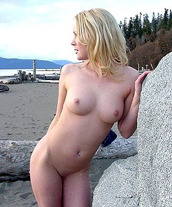 Beautiful nudes in nature scenes