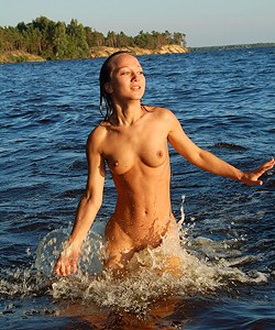 Sexy naturist girl