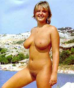 Lovely nudist life