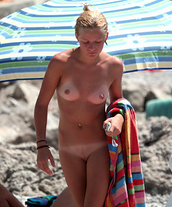 Candid collection from the beach