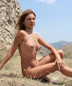 Perfect chicks prefer body art