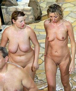 Aquarark for nudists